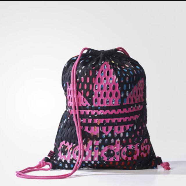 adidas(アディダス)のアディダス オリジナルス メッシュ ナップサック レディースのバッグ(リュック/バックパック)の商品写真