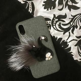 ファーとビジューのスワン iPhone X ケース(iPhoneケース)