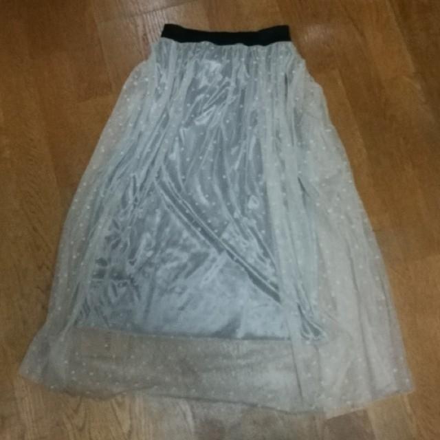 antiqua(アンティカ)のantiqua ドットチュールスカート★未使用 レディースのスカート(ロングスカート)の商品写真
