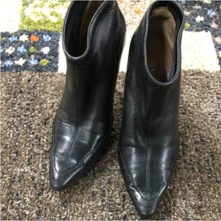 グッチ(Gucci)の【まや様専用】 グッチ ショートブーツ 黒 レザー(36204)(ブーツ)