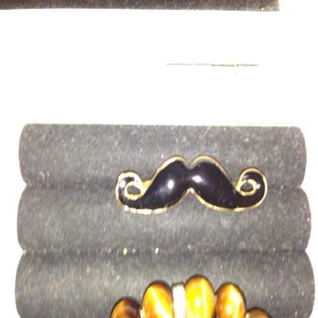 ヒゲのリング レディースのアクセサリー(リング(指輪))の商品写真