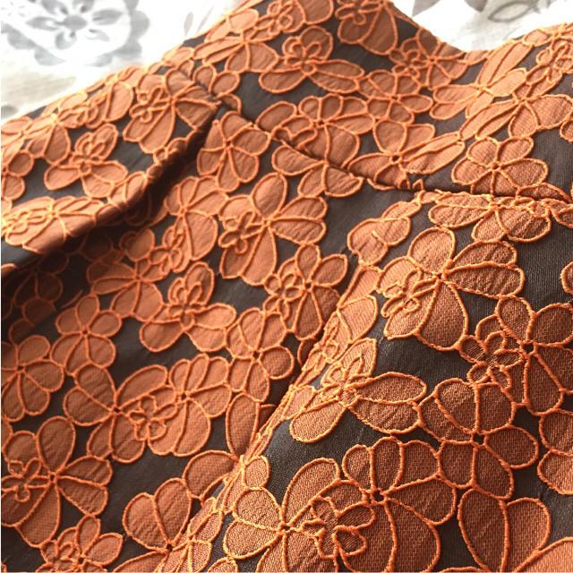 LOWRYS FARM(ローリーズファーム)のローリーズファーム オレンジ花柄スカート レディースのスカート(ミニスカート)の商品写真