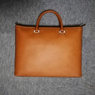 HERGOPOCH  no.06 Waxed Leather