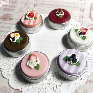 選べる6種類☆彩りケーキのアルミ缶ケース(雑貨)