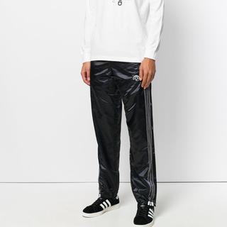 アレキサンダーワン(Alexander Wang)のadidas × Alexander wang パンツ 【タグ付き】(ジャージ)
