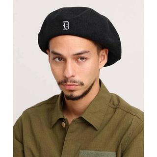 デラックス(DELUXE)のDELUXE D-BERET ベレー帽(ハンチング/ベレー帽)