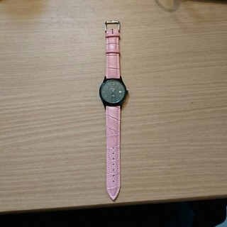 ピエールラニエ(Pierre Lannier)の【美品】ピエールラニエ ブラック×ピンク レザー腕時計(腕時計)