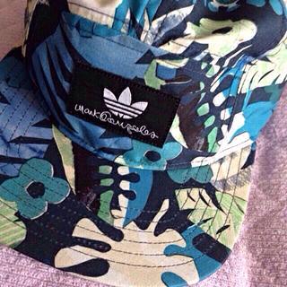 アディダス(adidas)のadidas 花柄キャップ(キャップ)