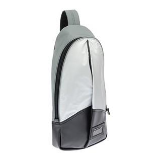 ディーゼル(DIESEL)の2018年ディーゼルの福袋に入ってました😆めっちゃオシャレですよ😉(ボディーバッグ)
