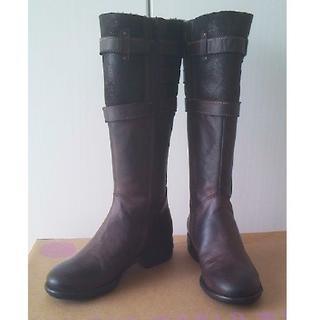 新品◆クーリオ◆インポート1点物☆(本革ムートン×レザー)希少デザインブーツ35(ブーツ)