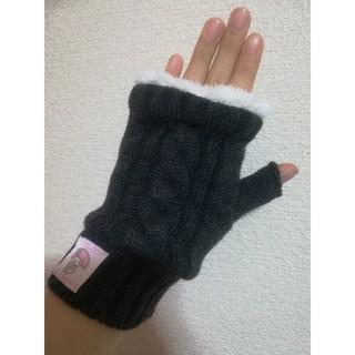 サンリオ(サンリオ)のマイメロ手袋💕スマホ触れます♪。.:*・゜新品未使用新作✨(手袋)