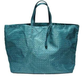 ボッテガヴェネタ(Bottega Veneta)の完売グリーン色  イントレッチオリュージョン ラージ トートバッグ(トートバッグ)