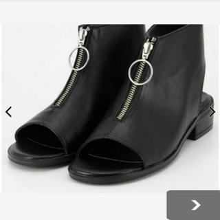 スライ(SLY)のFront Zip Boots Sandals(サンダル)