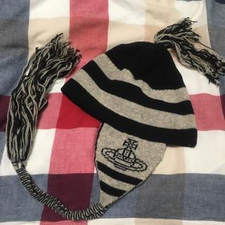 ヴィヴィアンウエストウッド(Vivienne Westwood)のヴィヴィアンウエストウッド ニット 白×黒 NANA(ニット帽/ビーニー)