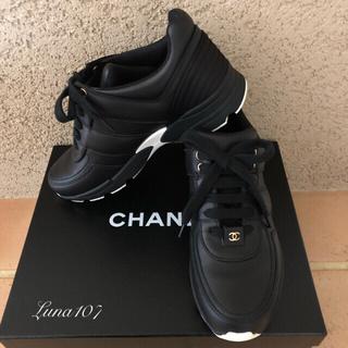 シャネル(CHANEL)のCHANEL  シャネル スニーカー ♡美品  37(スニーカー)