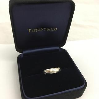 ティファニー(Tiffany & Co.)のティファニー K18WG ダイヤモンド リング シグネチャー  13号 美品(リング(指輪))
