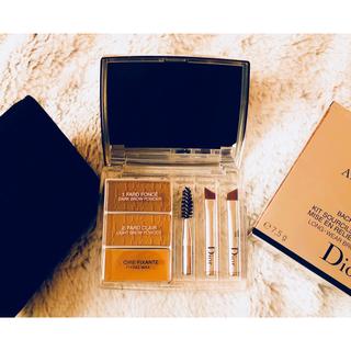 ディオール(Dior)の❁*. 美品 半額です♥ Dior アイブロウ オールインブロウ 3D ❁*.(パウダーアイブロウ)