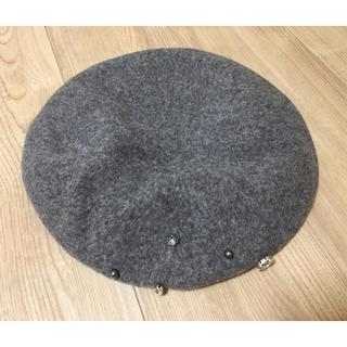 アンテプリマ(ANTEPRIMA)の【ANTEPRIMA ベレー帽】ウール ストーン付き(ハンチング/ベレー帽)