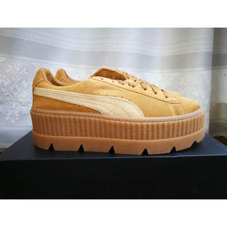 プーマ(PUMA)の[26cm] ❄︎新品❄︎FENTY Cleated Creeper Beige(スニーカー)