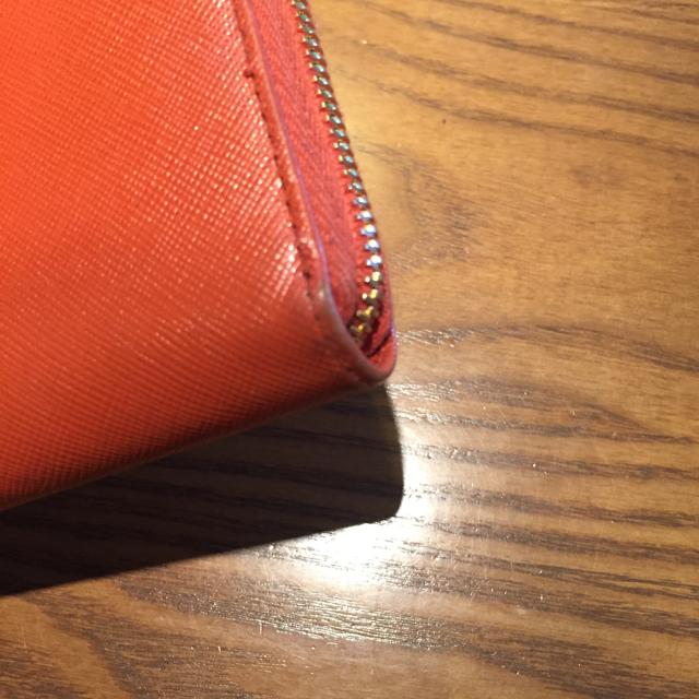 PRADA(プラダ)のPRADA サフィアーノ オレンジ レディースのファッション小物(財布)の商品写真