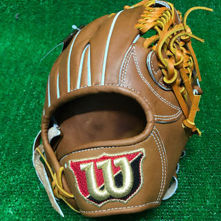 ウィルソンスタッフ(Wilson Staff)の限界値!ウィルソン 硬式用グローブ 内野手用 定価56,160円 新品未使用(グローブ)