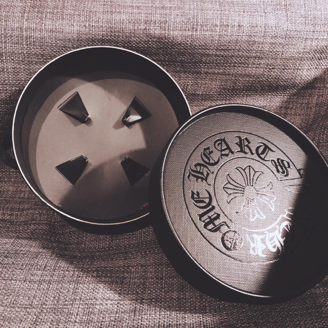 Chrome Hearts(クロムハーツ)のChrome Hearts クロム ハーツ チョコレート ボックス 箱 レア メンズのアクセサリー(ネックレス)の商品写真