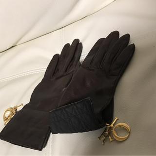 ディオール(Dior)のお値引きセール ディオール  手袋  ダークブラウン  チャーム付き  美品(手袋)