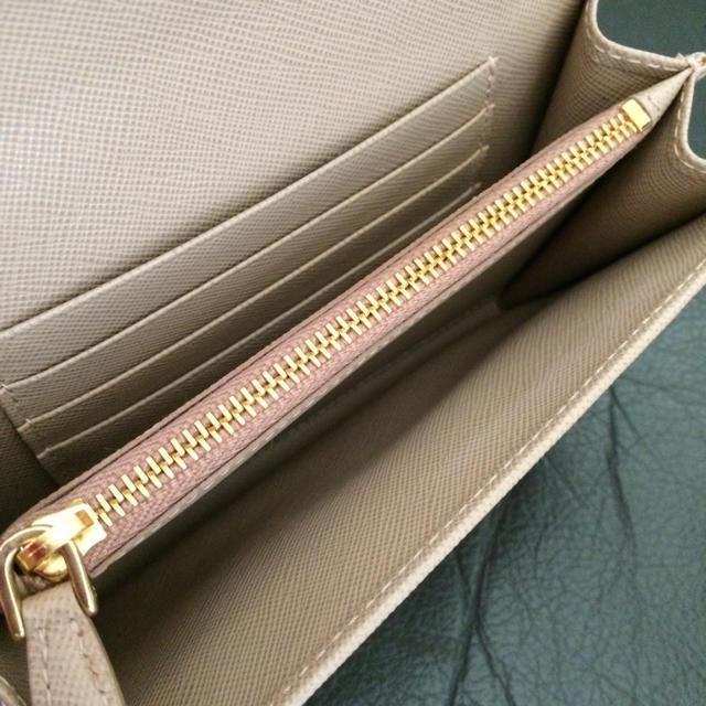 PRADA(プラダ)のmako様限定 新品未使用 プラダ リボン 財布 ウォレット   レディースのファッション小物(財布)の商品写真