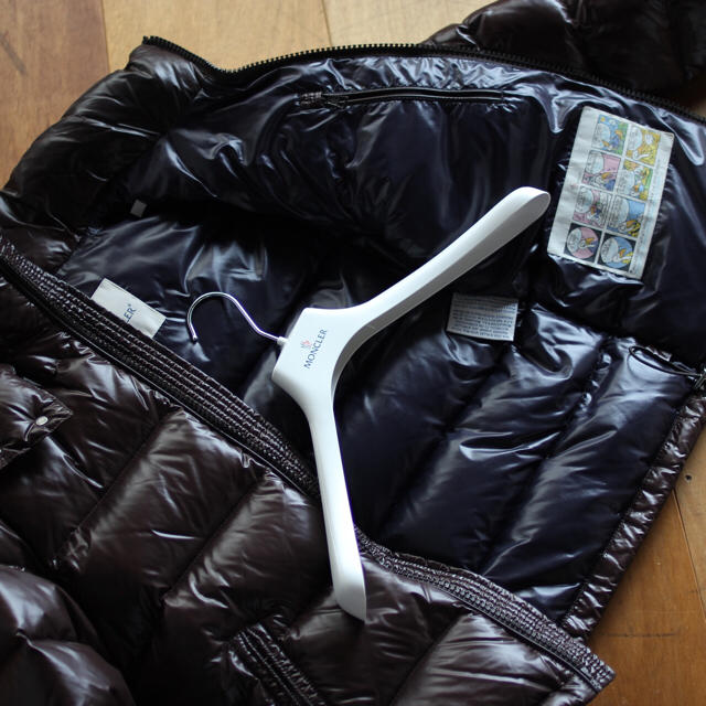 MONCLER(モンクレール)の大幅値下げ‼️【未使用品】国内正規品 モンクレール メンズ ハンガー付き メンズのジャケット/アウター(ダウンジャケット)の商品写真