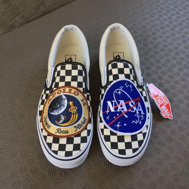 VANS(ヴァンズ)のVANS NASA custom バンズ ナサ カスタム スリッポン US12 メンズの靴/シューズ(スニーカー)の商品写真