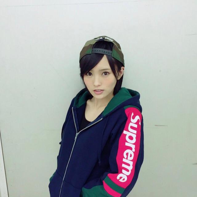 Supreme(シュプリーム)の【美品】 Supreme 山本彩着用 パーカー メンズのトップス(パーカー)の商品写真
