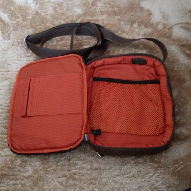 TUMI(トゥミ)のTUMI トゥミ ショルダーポーチ 5133B メンズのバッグ(ショルダーバッグ)の商品写真