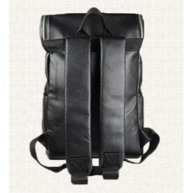 スクエア型★メンズレザーバックパック メンズのバッグ(バッグパック/リュック)の商品写真