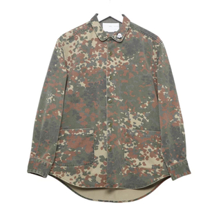 ナダ(NADA.)のNADA / German camo round neck shirts(シャツ)