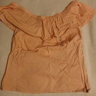ギャップ(GAP)のGAP フリルオフショルダーショート丈ブラウス 新品(シャツ/ブラウス(半袖/袖なし))