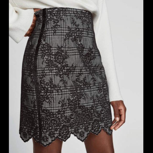 ZARA(ザラ)のザラ タイトスカート レディースのスカート(ミニスカート)の商品写真