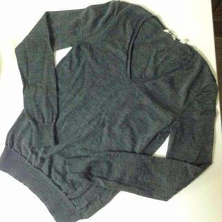 ユニクロ(UNIQLO)の*UNIQLO★グレー セーター*(ニット/セーター)