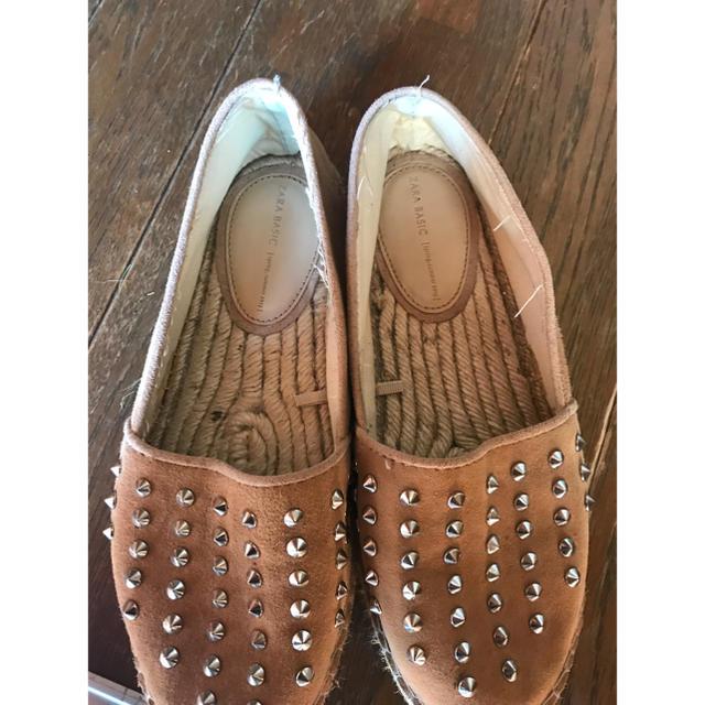 ZARA(ザラ)のスタッズスリッポン レディースの靴/シューズ(スリッポン/モカシン)の商品写真