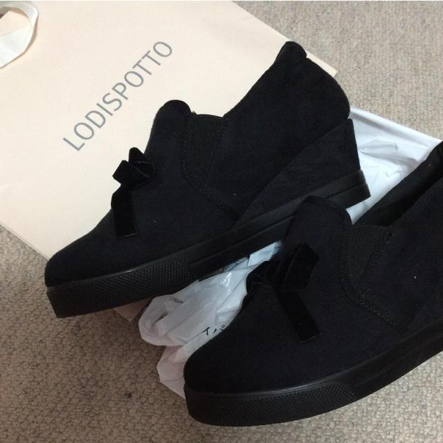 しまむら(シマムラ)のリボン ブーティ ブラック  レディースの靴/シューズ(ブーティ)の商品写真