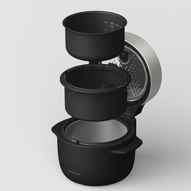 BALMUDA(バルミューダ)の【新品・未使用】バルミューダ 3合炊き 電気炊飯器  K03A-BK ブラック スマホ/家電/カメラの調理家電(炊飯器)の商品写真