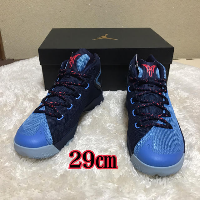 NIKE(ナイキ)のナイキ JORDAN MELO M12☆新品☆29㎝ メンズの靴/シューズ(スニーカー)の商品写真