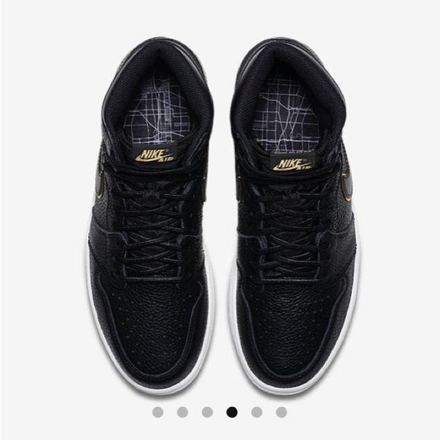 NIKE(ナイキ)のエア ジョーダン1 レトロ HIGH OG メンズの靴/シューズ(スニーカー)の商品写真