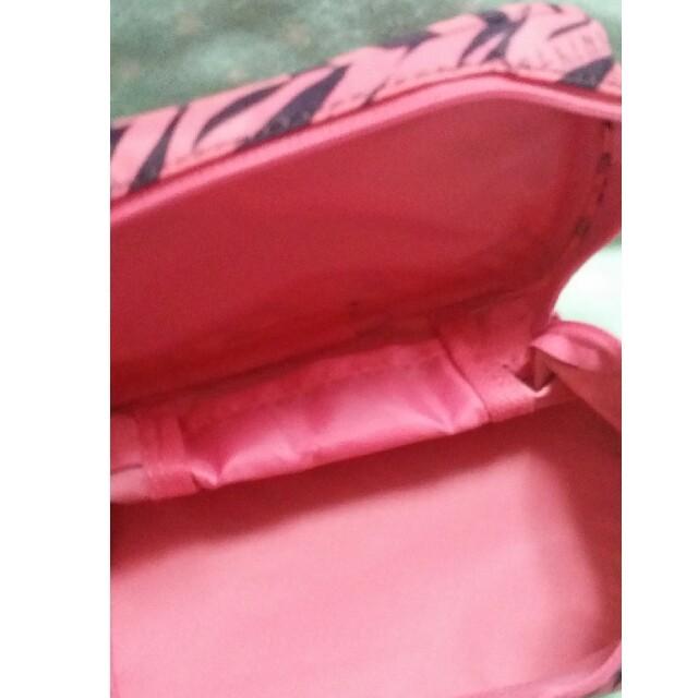 MAYBELLINE(メイベリン)のメイベリン ポーチ レディースのファッション小物(ポーチ)の商品写真