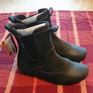 テバ(Teva)のTeva スノーブーツ 新品未使用(ブーツ)