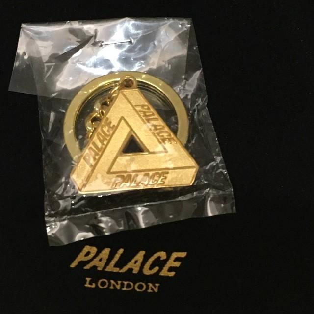 1eb79a2fd237 Supreme(シュプリーム)の☆新品 Palace Skateboards Ferg Keychain メンズのファッション小物(