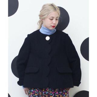ドットアンドストライプスチャイルドウーマン(Dot&Stripes CHILDWOMAN)のスカラップコート(ノーカラージャケット)