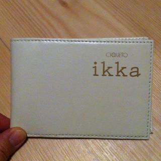 イッカ(ikka)の値下げ!新品ikka☆定期カードケース(名刺入れ/定期入れ)