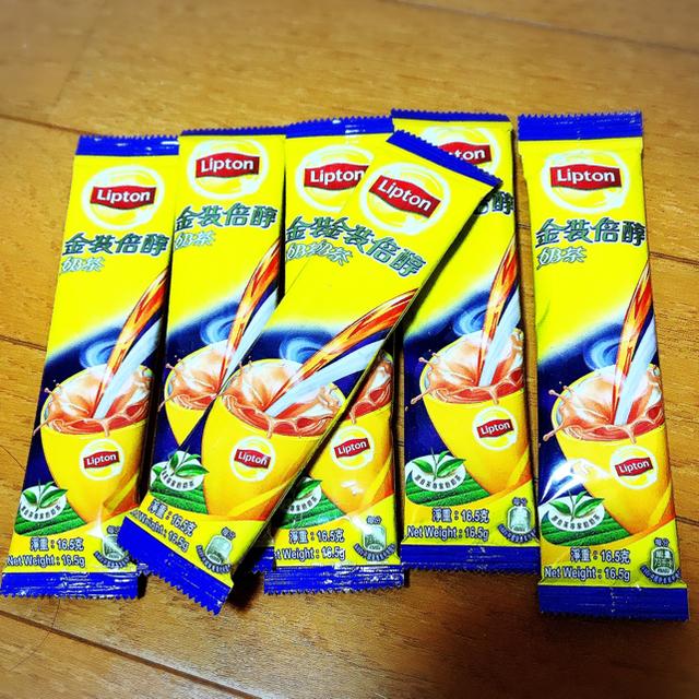 Unilever(ユニリーバ)の香港限定☆Lipton ミルクティー milktea 食品/飲料/酒の飲料(茶)の商品写真