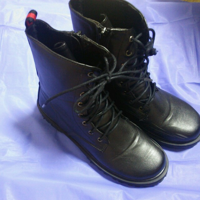 BUVRUS(バブラス)のBUVRUS ブーツ レディースの靴/シューズ(ブーツ)の商品写真