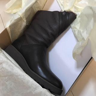 アグ(UGG)の【新品】【正規品】UGG☆ロレナ☆ブーツ(ブーツ)